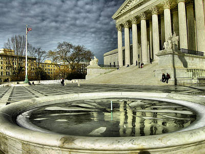 The Supreme Court And Plaza Print by Steven Ainsworth