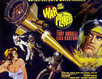 The War Of The Planets, Aka I Diafanodi Print by Everett