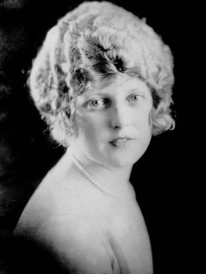 Thelma Photograph - Thelma Todd, Ca. 1925 by Everett