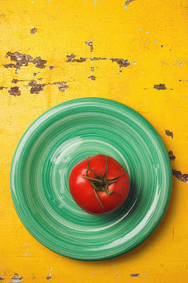 Tomato On Green Plate Print by Garry Gay