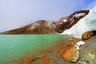 Tongariro Track Emerald Lakes New Zealand Print by Timphillipsphotos