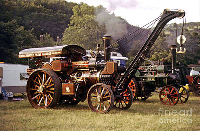 Traction Engine With Crane Print by Rod Jones