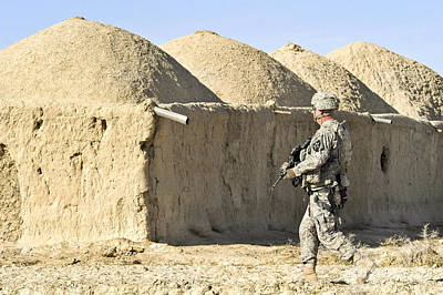 U.s. Army Soldier Conducts A Dismounted Print by Stocktrek Images