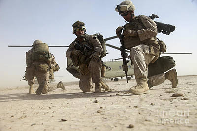 U.s. Marines Unloading Print by Stocktrek Images