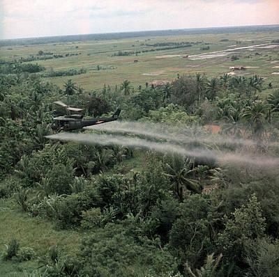 Vietnam War, Defoliation Mission Print by Everett