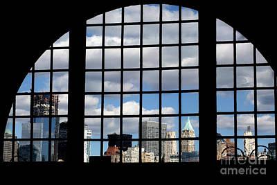 Leda Photograph - View Of Manhattan by Leslie Leda