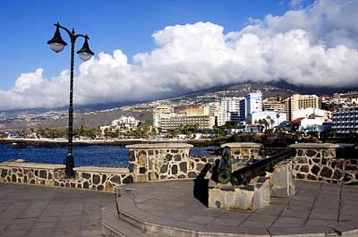 View Of Puerto De La Cruz From Plaza De Europa Print by Fabrizio Troiani