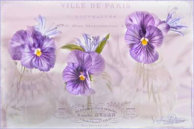 Ville De Paris Print by Sandra Rossouw