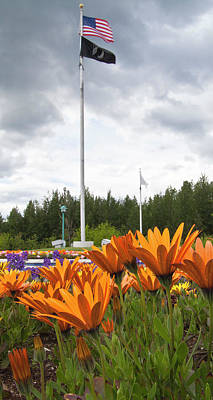 Flower Memorial Photograph - Wasilla Veterans Memorial by Forest Alan Lee