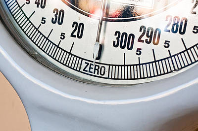 Obesity Photograph - Weighing Scales by Tom Gowanlock