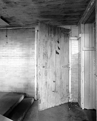 Wern Dairy Door Original by Jan Faul