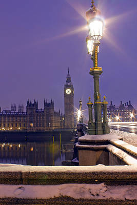 Westminster Snowfall Print by Andrew Thomas
