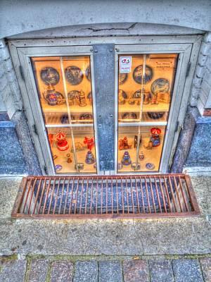 Hamburg Digital Art - Window Shopping by Barry R Jones Jr