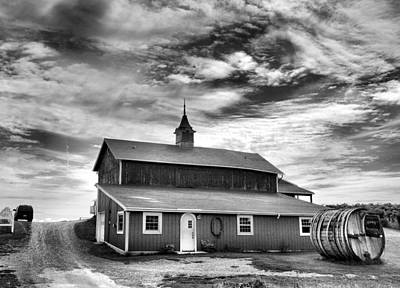 Wine Country Barn Print by Steven Ainsworth