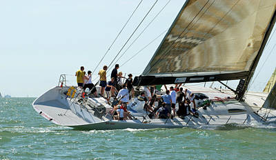 Yacht Racing At Cowes Week Print by Gerry Walden
