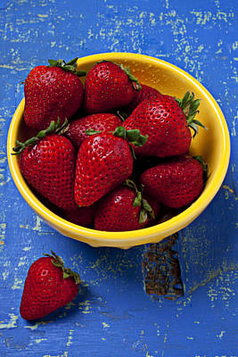 Yellow Bowl Of Strawberries Print by Garry Gay