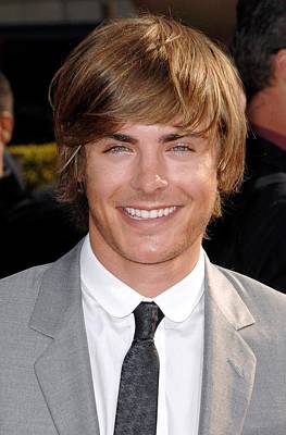 Arrivals - The 2008 Espy Awards Photograph - Zach Efron At Arrivals For Arrivals - by Everett