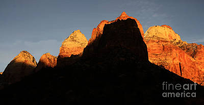 Zion The Great Wall Print by Bob Christopher
