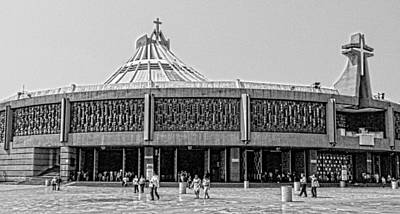 Mexicano Photograph - Basilica De Guadalupe by Totto Ponce