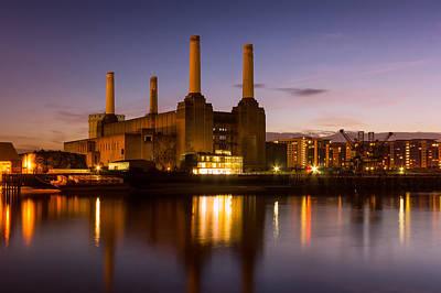Battersea Power Station Print by Ian Hufton