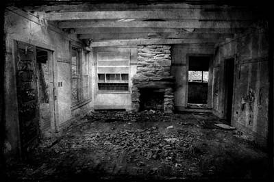Abandoned Homes Photograph - Can You Still Hear Yesterday by Mike Eingle