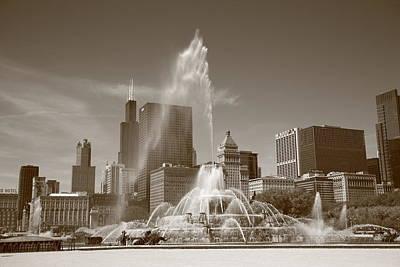 Chicago Skyline And Buckingham Fountain Print by Frank Romeo