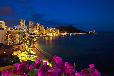 Location Art Photograph - Classic Waikiki Nightime by Tomas del Amo - Printscapes