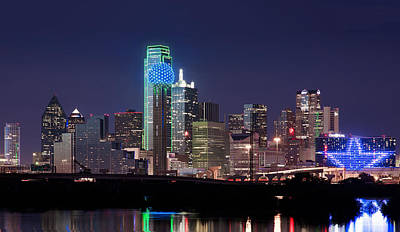 Dallas Skyline Photograph - Dallas Skyline Cowboys by Rospotte Photography