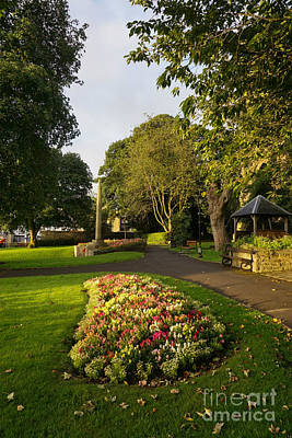 Friary Gardens, Richmond Print by Stephen Smith