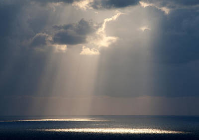 Plexiglas Photograph - God Rays Santorini 1038 by Bob Neiman