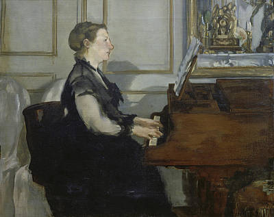 Woman Playing Piano Painting - Madame Manet by Edouard Manet