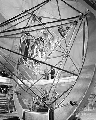 Mercury Program, Mastif Astronaut Print by Science Source