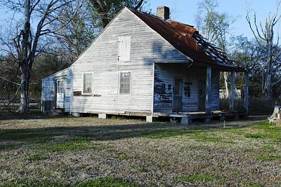 Eye4life Photograph - Old House by Alicia Morales
