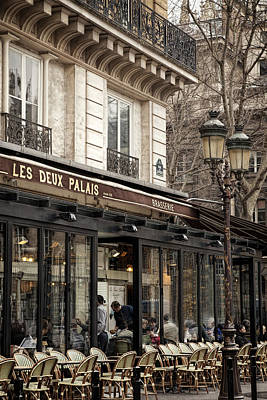 Artwork Photograph - Paris Cafe by Andrew Soundarajan