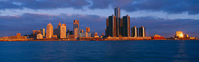 Bodies Of Water Photograph - Renaissance Center, Detroit, Sunrise by Panoramic Images