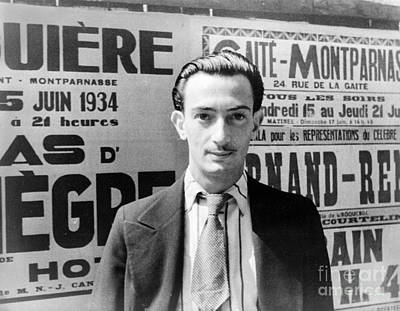 Painter Photograph - Salvador Dali by Granger