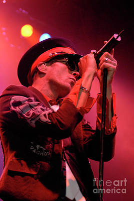 Velvet Revolver Photograph - Scott Weiland by Jenny Potter