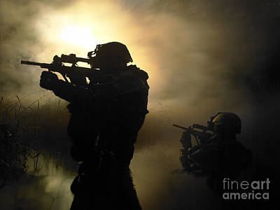 Navy Seals Photograph - Special Operation Forces Combat Divers by Tom Weber