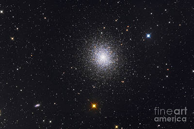 The Great Globular Cluster In Hercules Print by Roth Ritter