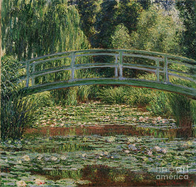 Footbridge Painting - The Japanese Footbridge And The Water Lily Pool Giverny by Claude Monet