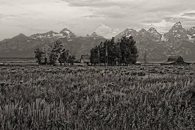 Abandoned Photograph - Tres Tetons by Hugh Smith