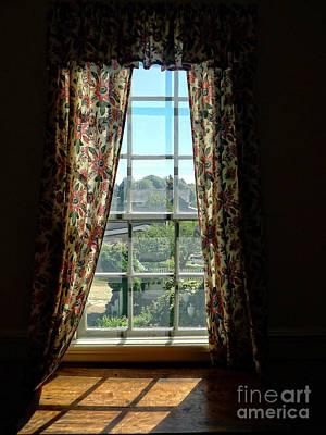 Portsmouth Photograph - Window by Edward Fielding