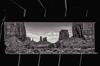 Majestic View Digital Art - Window Into Monument Valley by Eduard Moldoveanu