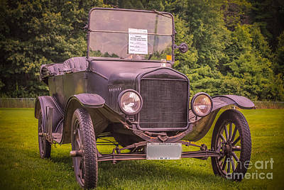 Antic Car Photograph - 1921 Ford by Claudia M Photography