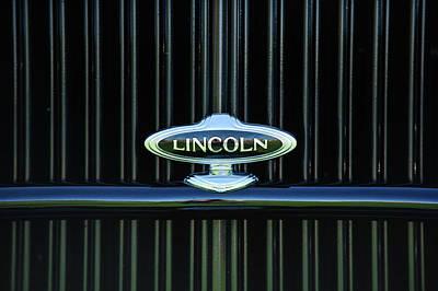 Lincoln Photograph - 1932 Lincoln Kb Boattail Speedster Grille Emblem -1685c by Jill Reger