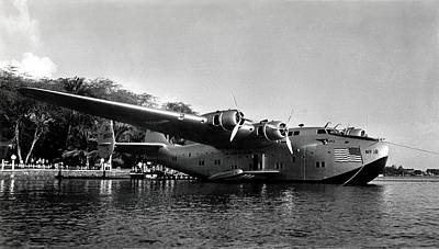 1942 China Clipper Flying Boat In Hawaii Print by Historic Image