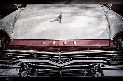 Ford Custom Photograph - 1957 Ford Custom 300 Series Ranchero Grille Emblem -0465ac by Jill Reger
