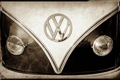 1958 Volkswagen Vw Bus Emblem -0272s Print by Jill Reger