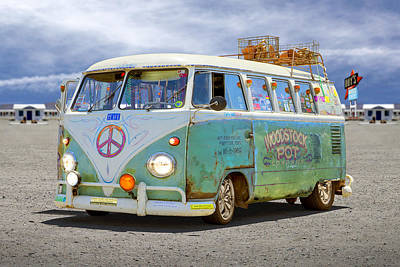 Series Art Digital Art - 1959 Vw Bus by Mike McGlothlen