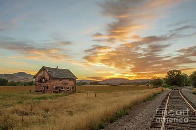 Beautiful Sunrise Print by Robert Bales